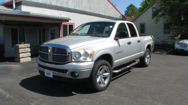 2007 Dodge Ram 1500 SLT in Coal Valley, IL 61240