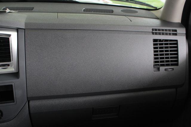 2007 Dodge Ram 2500 SLT Quad Cab Long Bed 4X4 THUNDERROAD - 5.9L! Mooresville , NC 6