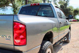 2007 Dodge Ram 2500 SLT Quad Cab 4X4 5.9L Cummins Diesel Auto Sealy, Texas 10