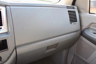 2007 Dodge Ram 2500 SLT Quad Cab 4X4 5.9L Cummins Diesel Auto Sealy, Texas 52