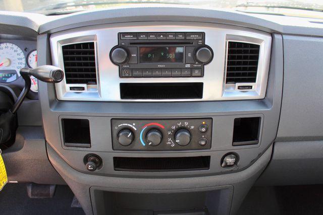 2007 Dodge Ram 2500 SLT Quad Cab 4X4 5.9L Cummins Diesel Auto Sealy, Texas 51