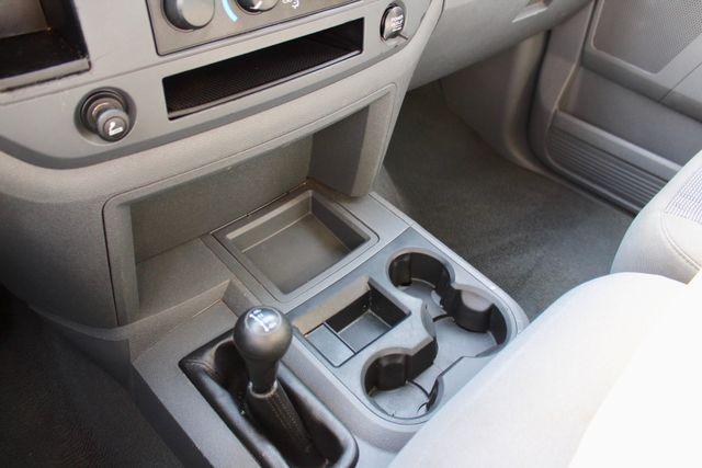 2007 Dodge Ram 2500 SLT Quad Cab 4X4 5.9L Cummins Diesel Auto Sealy, Texas 62