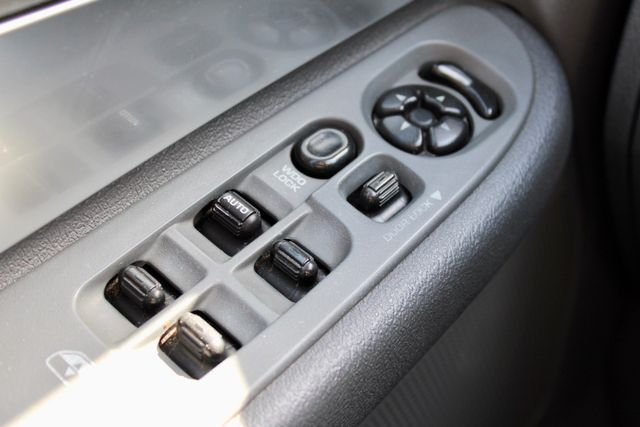 2007 Dodge Ram 2500 SLT Quad Cab 4X4 5.9L Cummins Diesel Auto Sealy, Texas 55