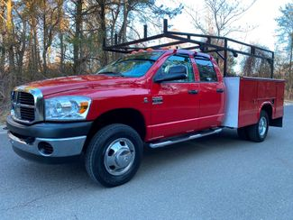 2007 Dodge Ram 3500 4x4 6.7L DIESEL CREW DRW W/T UTILITY LOW MILES in Woodbury, New Jersey 08096