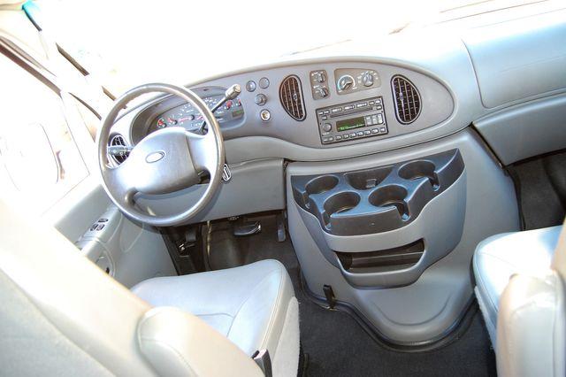 2007 Ford 15 Pass. XL Charlotte, North Carolina 14