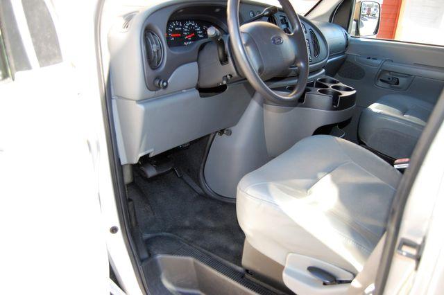 2007 Ford 15 Pass. XL Charlotte, North Carolina 4