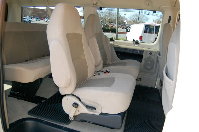 2007 Ford E150 Chateau Charlotte, North Carolina 8