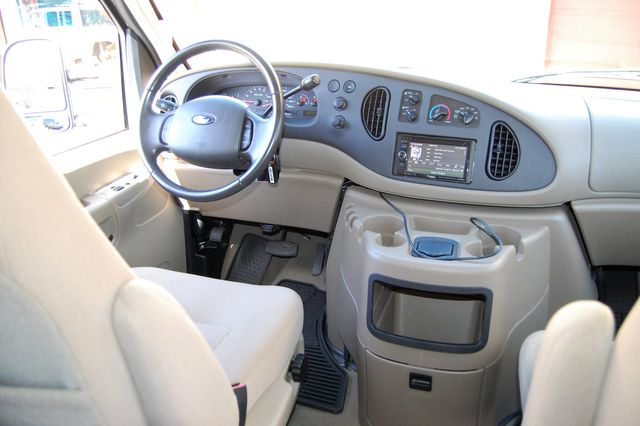 2007 Ford E150 Chateau Charlotte, North Carolina 15