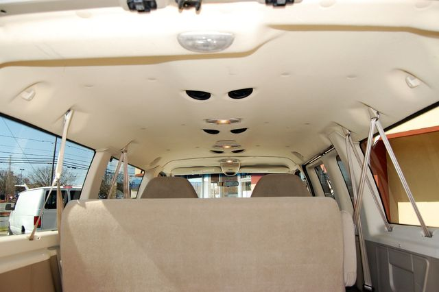 2007 Ford E150 Chateau Charlotte, North Carolina 12