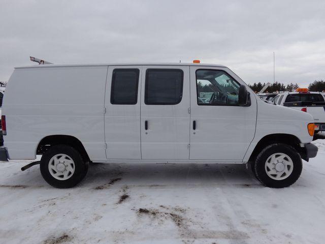 2007 Ford Econoline Cargo Van Commercial Hoosick Falls, New York 2