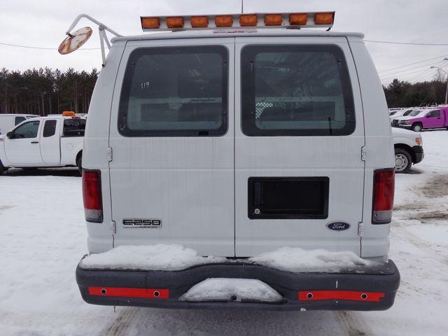 2007 Ford Econoline Cargo Van Commercial Hoosick Falls, New York 3