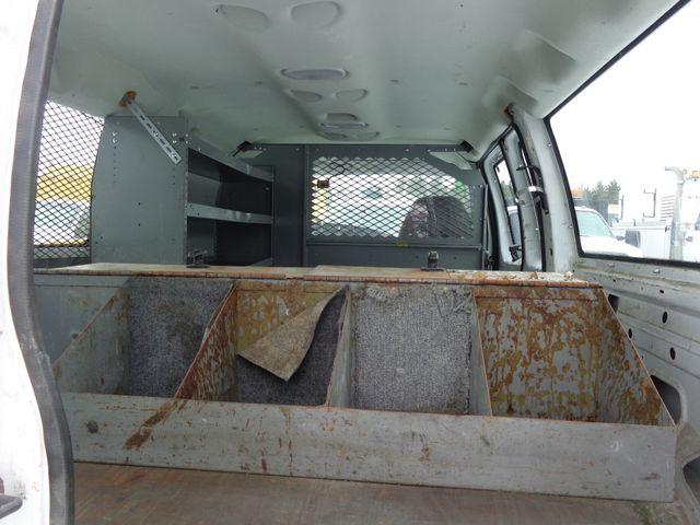 2007 Ford Econoline Cargo Van Commercial Hoosick Falls, New York 4