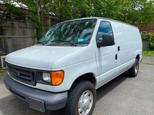 2007 Ford Econoline Cargo Van Commercial New Brunswick, New Jersey 3
