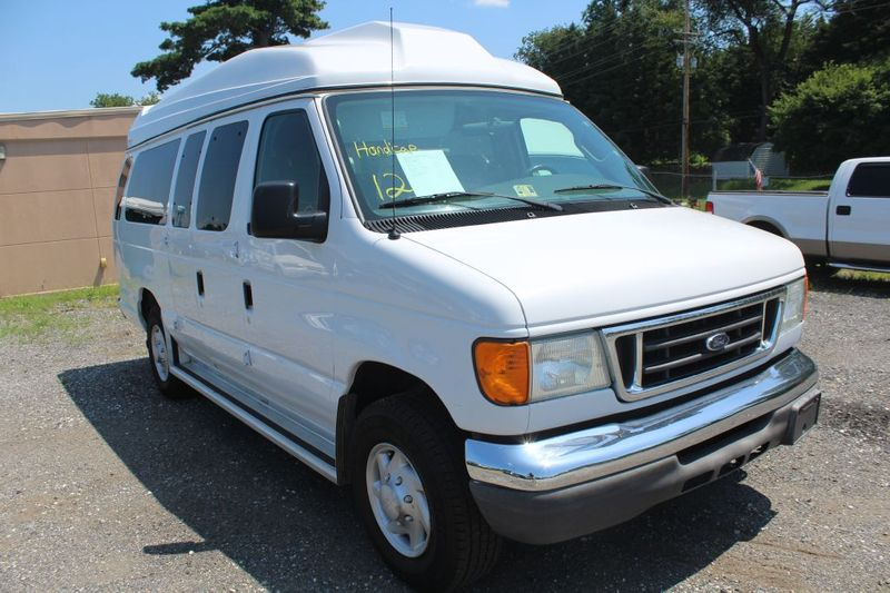 2007 Ford Econoline Wagon XL  city MD  South County Public Auto Auction  in Harwood, MD
