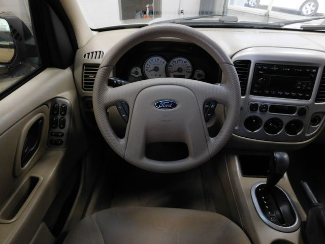 2007 Ford Escape XLT in Airport Motor Mile ( Metro Knoxville ), TN 37777