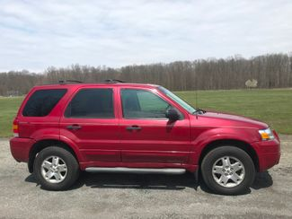 2007 Ford Escape XLT Ravenna, Ohio 4