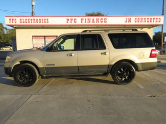 2007 Ford Expedition EL XLT in Devine, Texas 78016