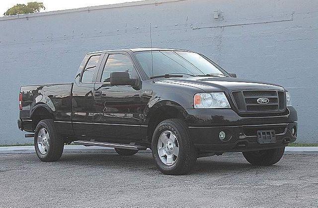 2007 Ford F-150 STX 4X4 Hollywood, Florida 39
