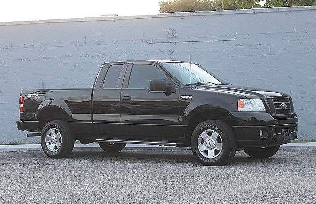 2007 Ford F-150 STX 4X4 Hollywood, Florida 32