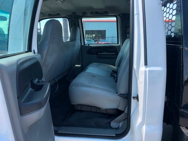 2007 Ford F-350 SD XL Crew Cab Long Bed DRW 4WD in Van Alstyne, TX 75495
