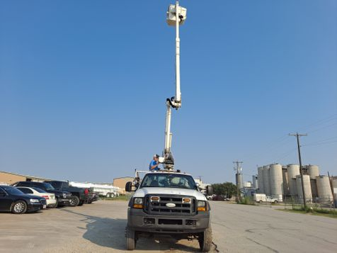 2007 Ford F-550 42' ALTEC 4X4  ARTICULATING & TELESCOPIC INSULATED BUCKET TRUCK in Fort Worth, TX