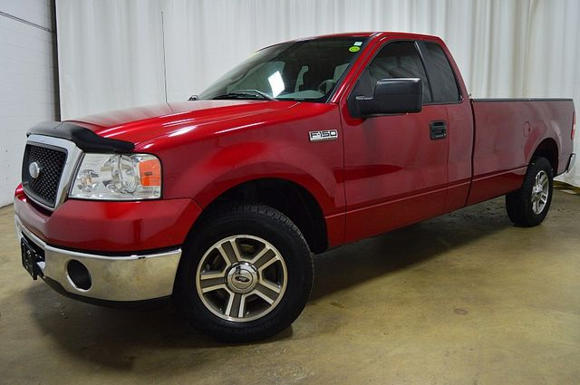 2007 Ford F-150 XLT/ 8 Foot Bed