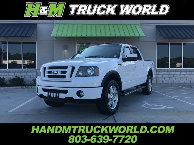 2007 Ford F150 FX4 SUPER-CREW WITH LOW LOW MILES