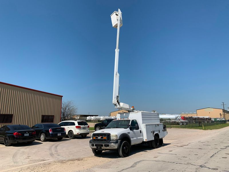 2007 Ford F450 BUCKET TRUCK    city TX  North Texas Equipment  in Fort Worth, TX