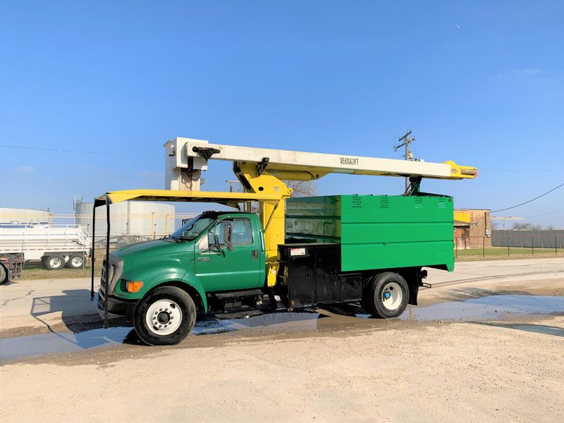 2007 Ford F750 FORESTRY BUCKET TRUCK    city TX  North Texas Equipment  in Fort Worth, TX