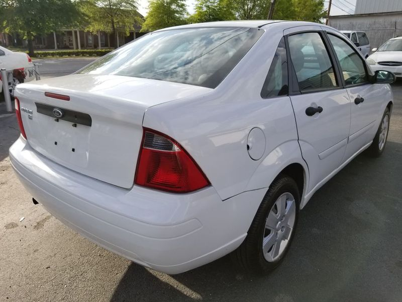 2007 Ford FOCUS ZX4  city SC  Columbia Auto Center  in Columbia, SC