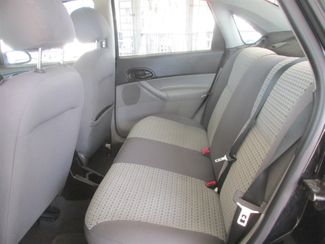 2007 Ford Focus SE Gardena, California 10