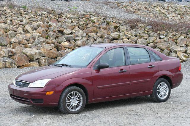 2007 Ford Focus SE Naugatuck, Connecticut 2