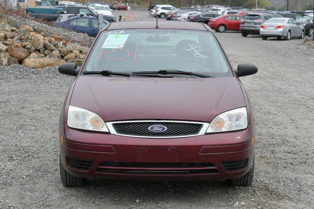 2007 Ford Focus SE Naugatuck, Connecticut 9