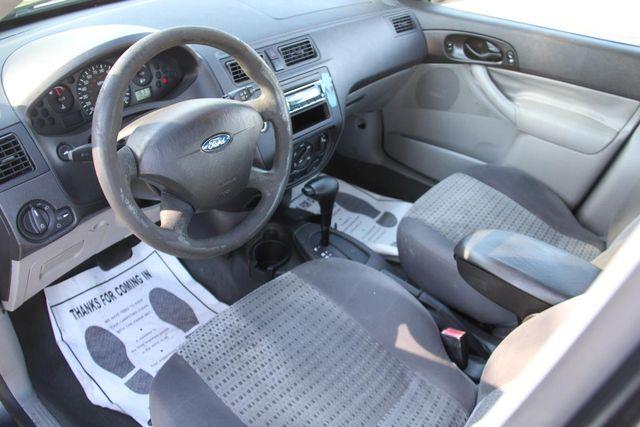 2007 Ford Focus SE Santa Clarita, CA 8