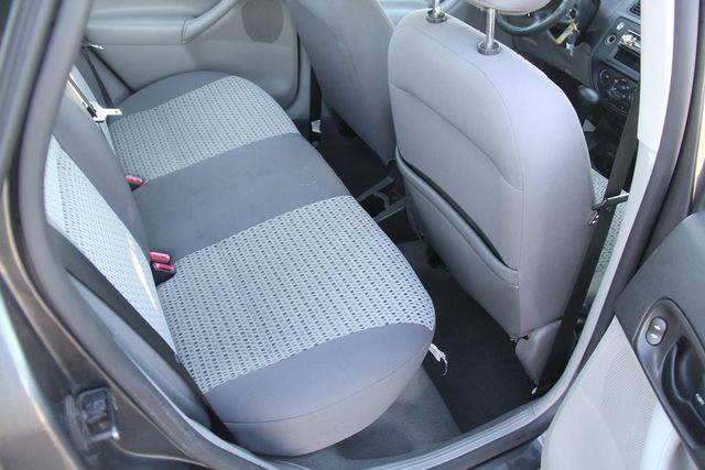 2007 Ford Focus SE Santa Clarita, CA 16