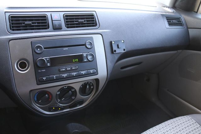 2007 Ford Focus SES Santa Clarita, CA 19