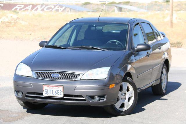 2007 Ford Focus SES Santa Clarita, CA 4
