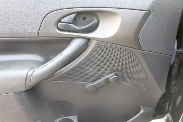 2007 Ford Focus S Santa Clarita, CA 23