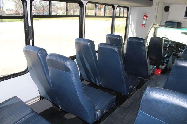 2007 Ford E350 15 Passenger Starcraft Shuttle Bus Irving, Texas 31