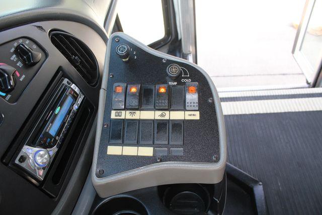 2007 Ford E350 15 Passenger Starcraft Shuttle Bus Irving, Texas 52