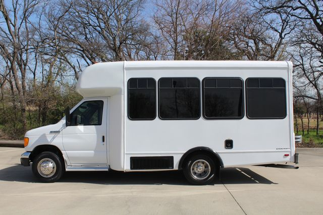2007 Ford E350 15 Passenger Starcraft Shuttle Bus Irving, Texas 6