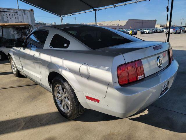 2007 Ford Mustang Deluxe Gardena, California 1