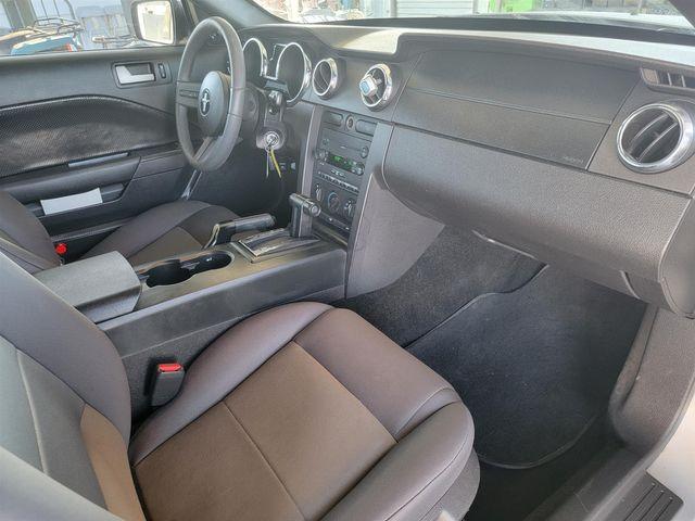 2007 Ford Mustang Deluxe Gardena, California 8