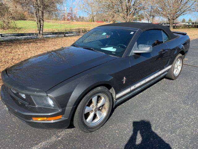 2007 Ford Mustang Base in Knoxville, Tennessee 37920
