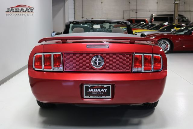 2007 Ford Mustang Deluxe Merrillville, Indiana 3