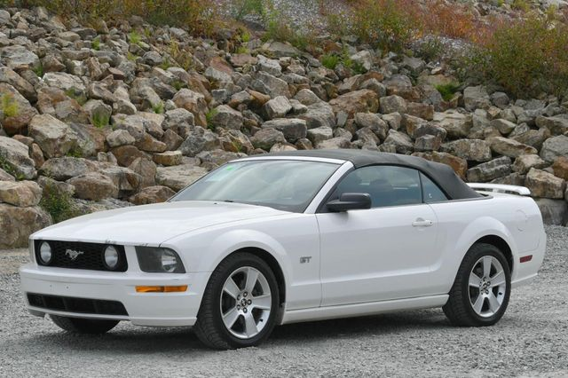 2007 Ford Mustang GT Premium Naugatuck, Connecticut 4