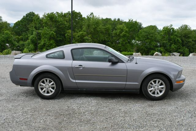 2007 Ford Mustang Deluxe Naugatuck, Connecticut 7