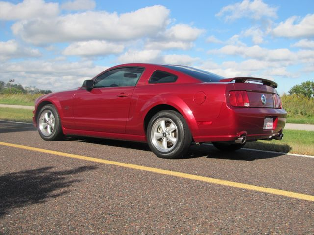 2007 Ford Mustang GT Premium St. Louis, Missouri 3