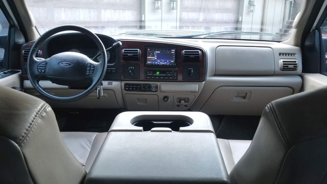 2007 Ford Super Duty F-250 Crew Cab Lariat FX4 4WD in Cullman, AL 35055