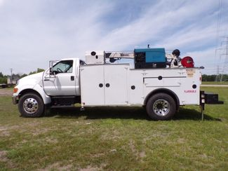 2007 Ford Super Duty F-750 Straight Frame Ravenna, MI 6